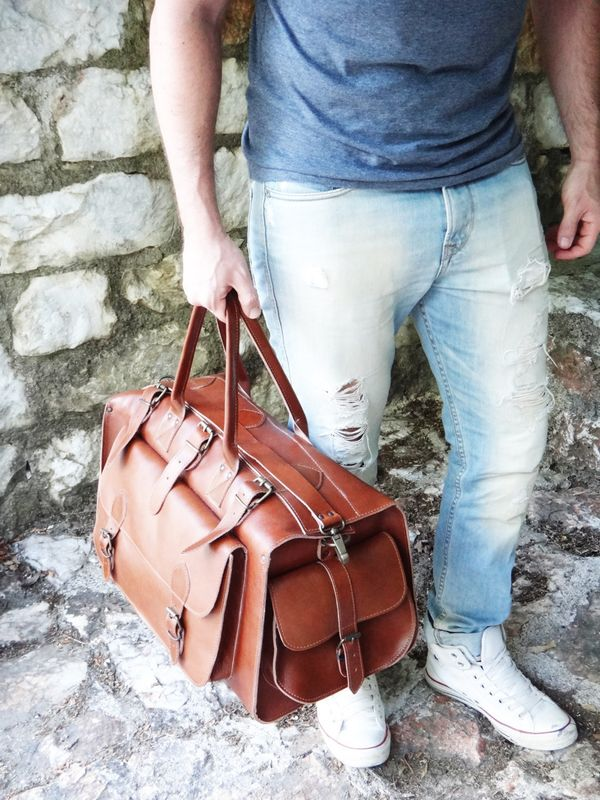 "<a href=""https://www.etsy.com/listing/239105977/apollo-weekender-leather-bag-20-handmade"" target=""_blank"">Apollo weekender le"