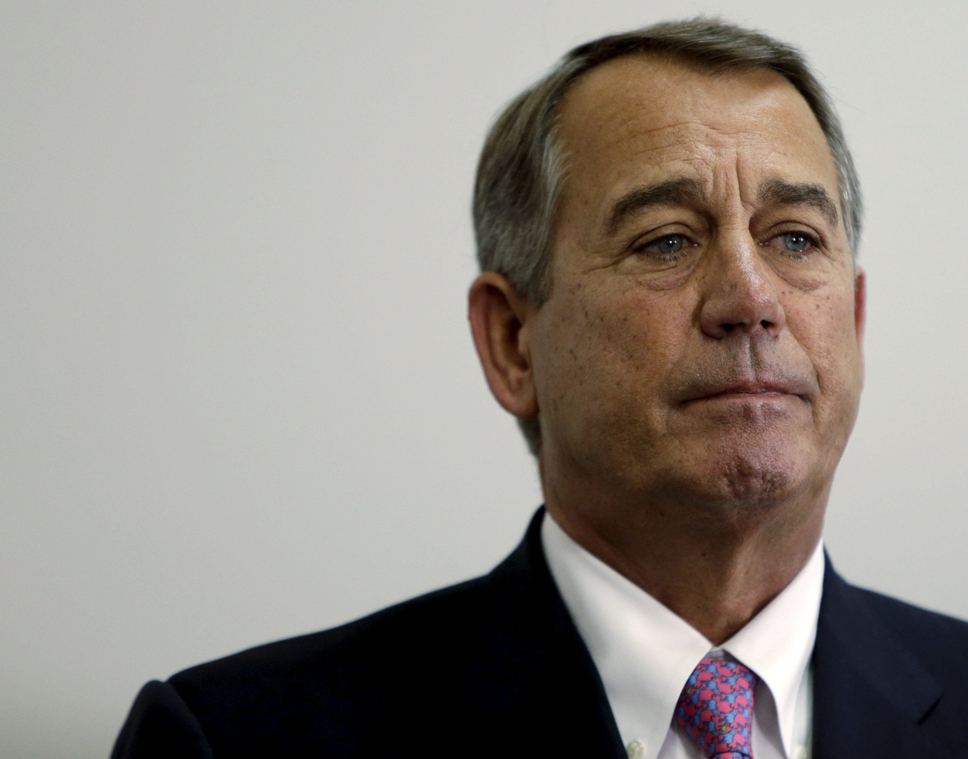Outgoing Speaker of the House John Boehner (R-OH) listens to accolades during a news conference on the two-year budget deal with the White House in Washington, October 27, 2015.  REUTERS/Gary Cameron/File Photo