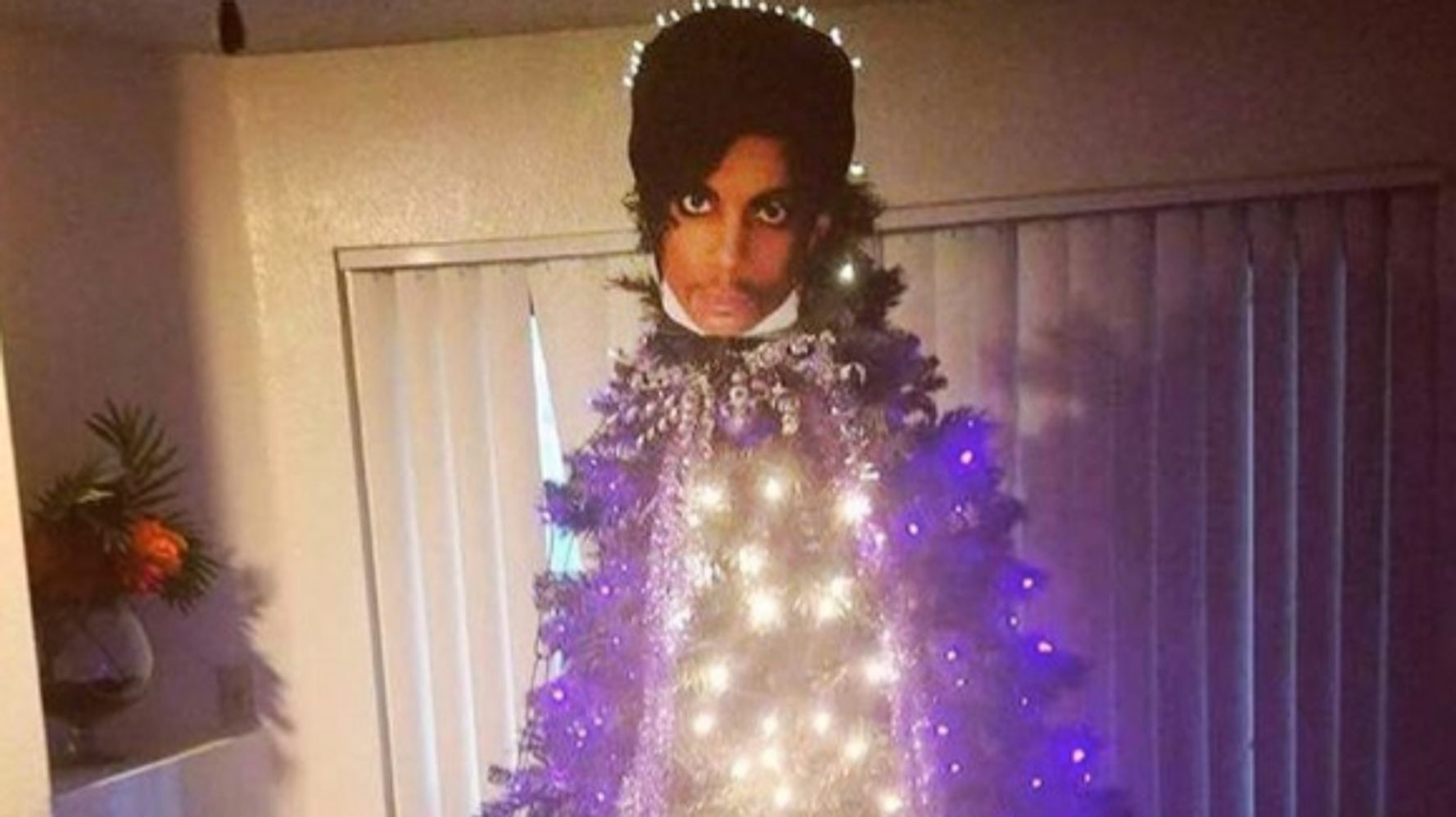 Prince Christmas Decorations.People Are Turning Their Christmas Decorations Into Prince
