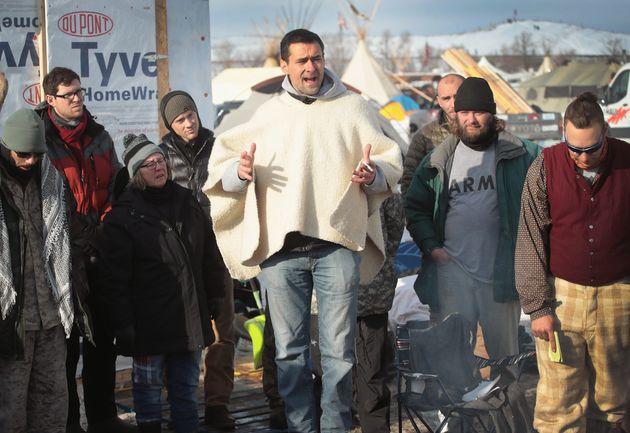 「次はフリントだ」アメリカ先住民の抗議デモを助けた退役軍人たち、再び正義のために立ち上がる