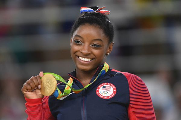 Simone Biles went into the 2016 Olympics with an <i>enormous</i> amount of pressure on her to be, basically, perfect -- and s