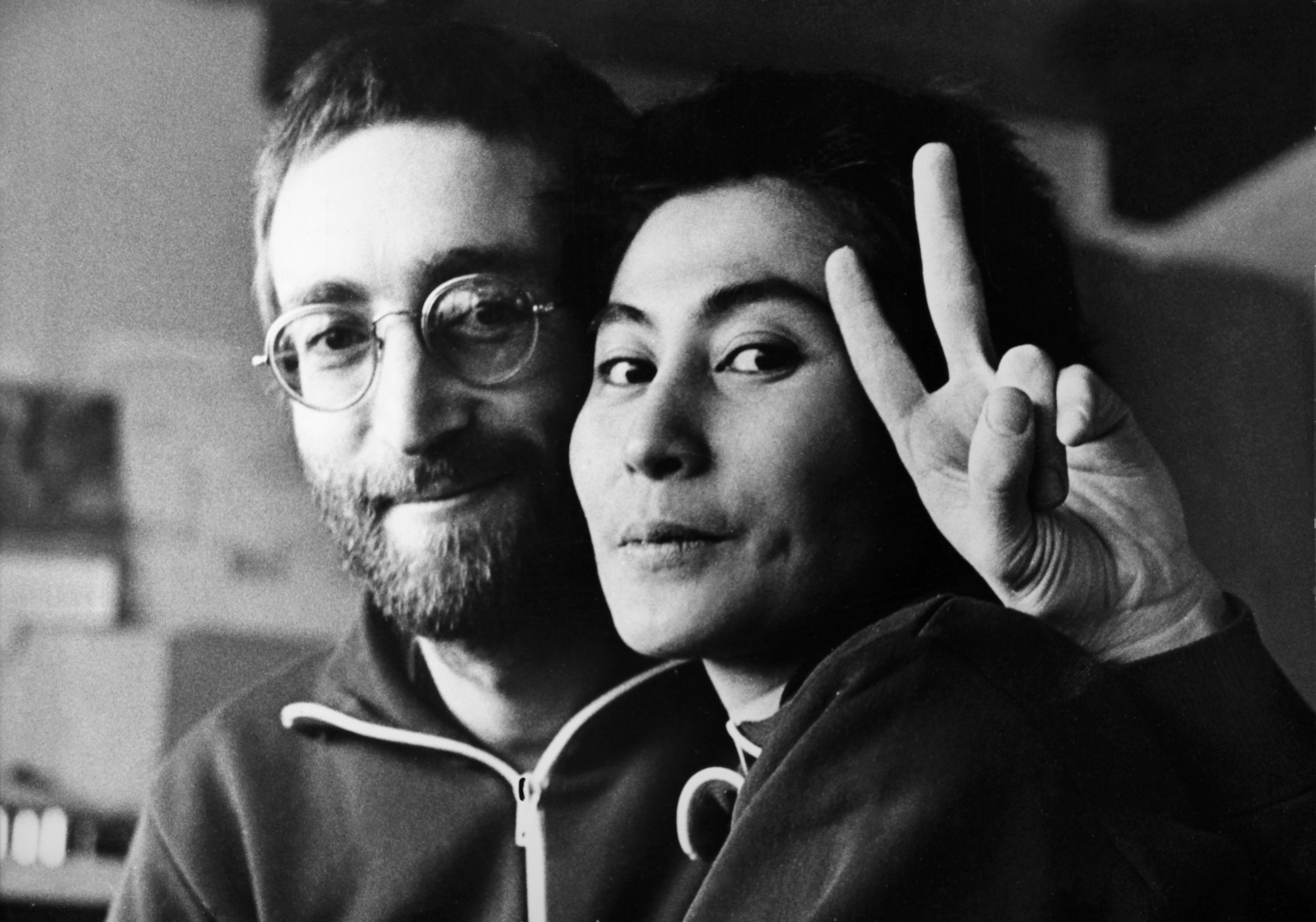 JUTLAND, DENMARK - JANUARY 22: 1st appearance of John Lennon and Yoko Ono with short hair at Vust Peace Center, where the couple is living in meditation on January 22, 1970 in Jutland, Denmark. (Photo by Keystone-France/Gamma-Rapho via Getty Images)