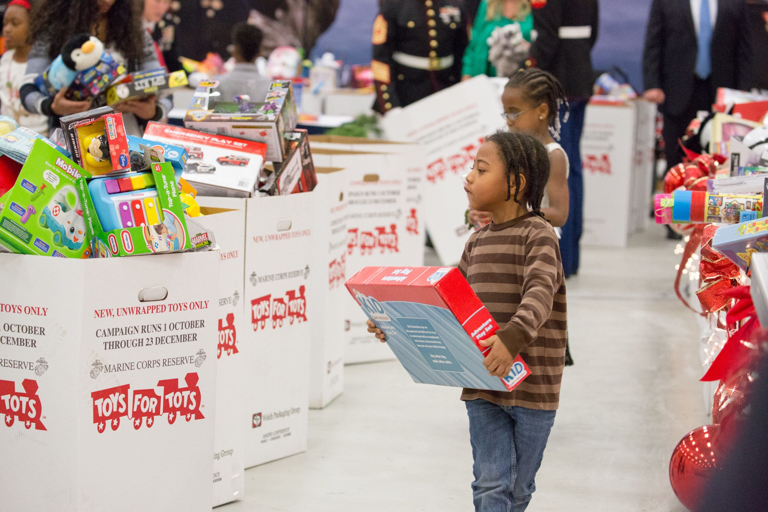 Buy christmas gifts for the needy