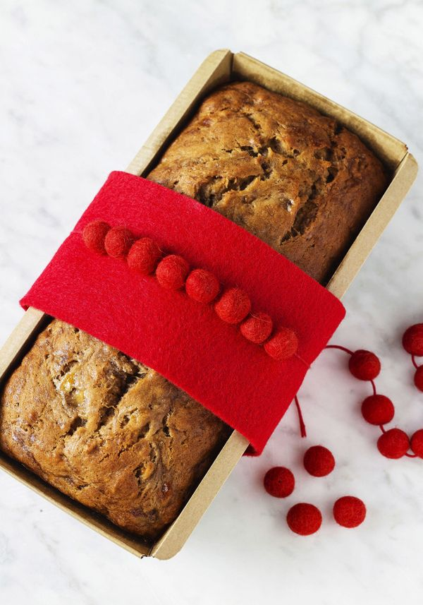 Why give a fruitcake when you can deliver this fresh-baked goodie instead? It's much simpler to assemble, and wrapping