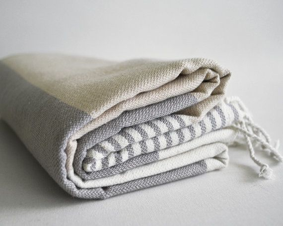 People with small apartments might have a bathroom with little to no ventilation. Turkish towels dry more quickly than standa