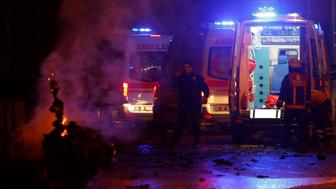 Police and ambulances arrive the scene after a blast in Istanbul, Turkey, December 10, 2016. REUTERS/Murad Sezer     TPX IMAGES OF THE DAY