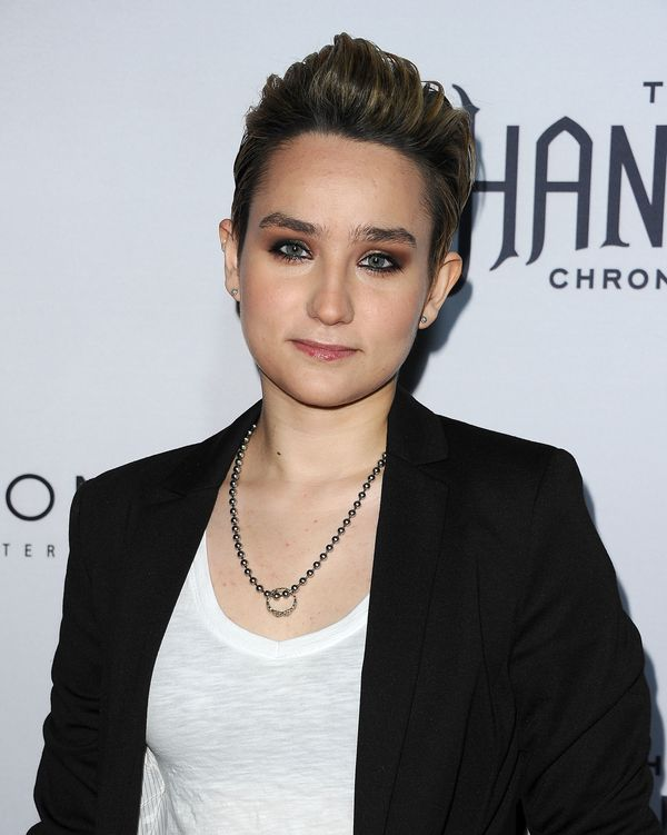 """The """"Scream"""" actress <a href=""""http://www.pride.com/comingout/2016/11/17/thanks-scream-star-bex-taylor-klaus-coming-out-face-t"""