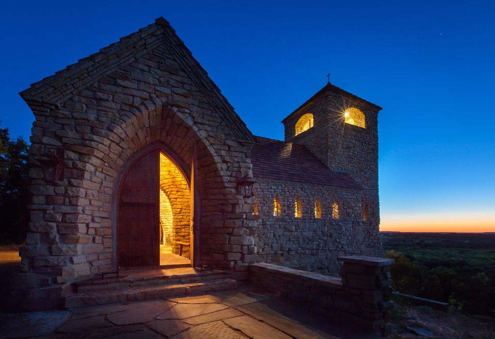 Stocker Hoesterey Montenegro Architects; St. Francis Chapel; Breckenridge, Texas; New Facilities; Photo: Nicholas McWhirter