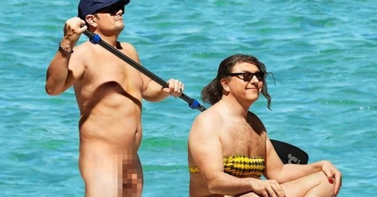 Alan Carr Strips Naked To Join David Walliams In -3891