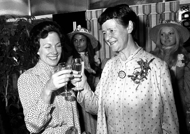 Audrey Callaghan (right) and the American ambassador to London, Anne