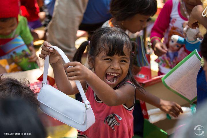 Shoebox distribution in Cambodia