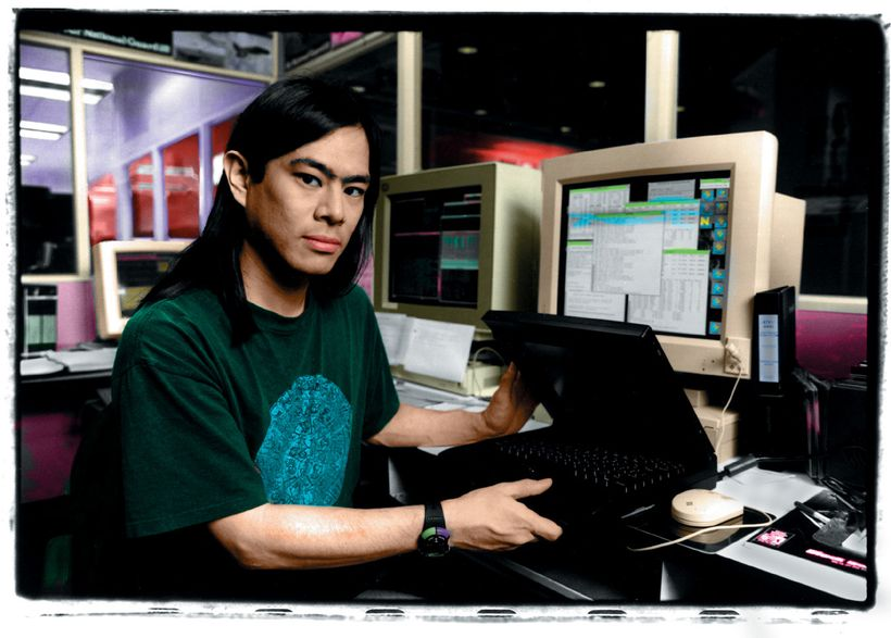 Computer security expert and SDSC senior research fellow, Tsutomu Shimomura, helps take down Kevin Mitnick, a fugitive comput