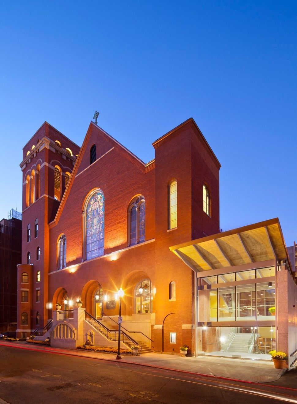 Donham & Sweeney Architects; St. Cecilia Church; Boston, Massachusetts; Renovation