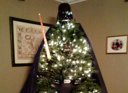 Uncle Gives 'Star Wars' Fans The Ultimate Lesson In Decorating A Christmas Tree