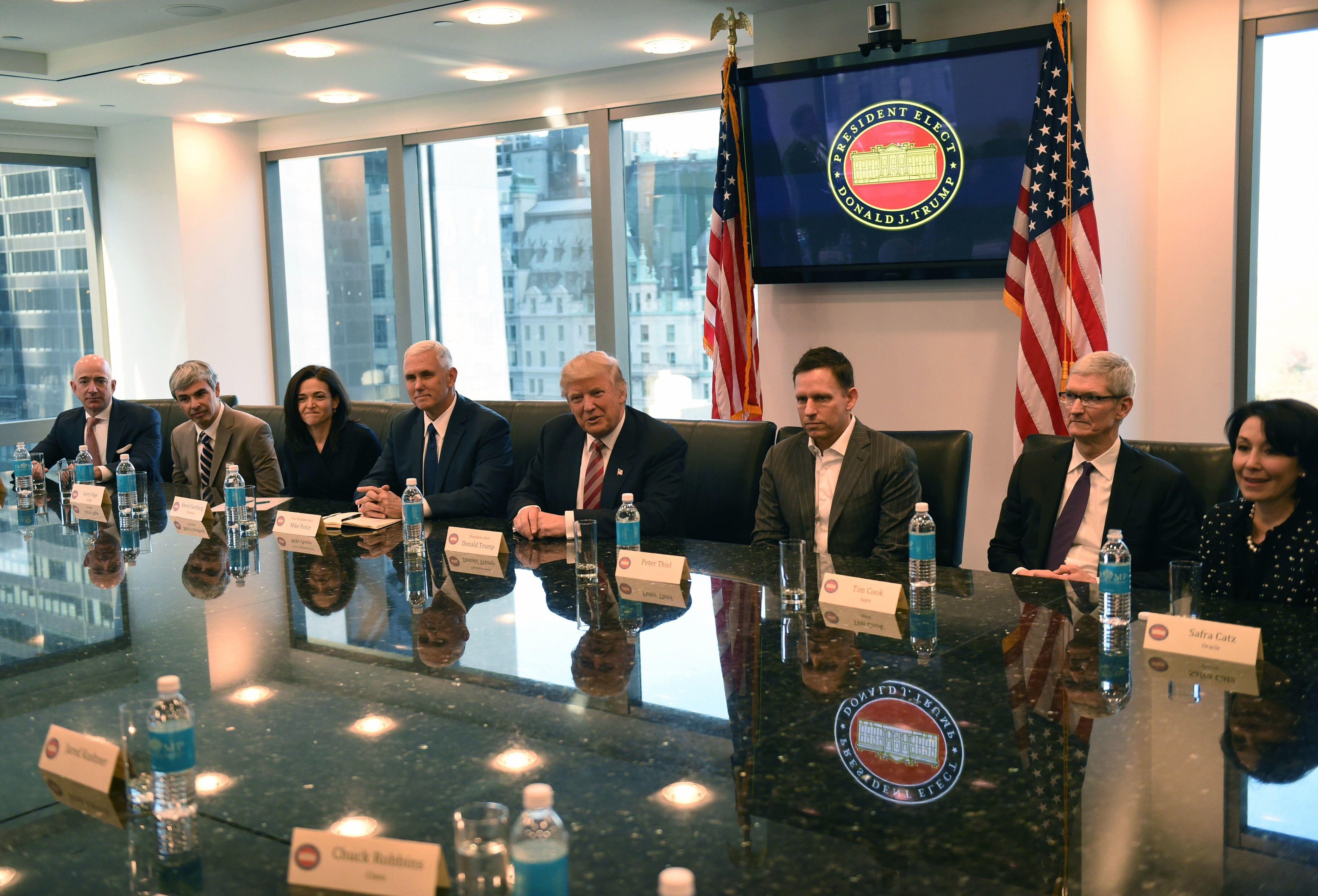 Trump Meets With Silicon Valley Tech Titans At His Manhattan Tower ...