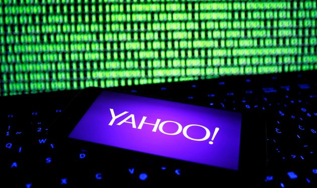 Yahoo hack renews doubts about Verizon deal