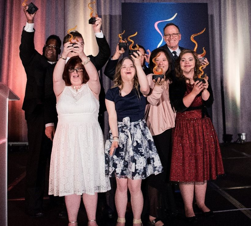 The cast of A&E's Born This Way & Jonathan Murray accepting the 2016 Catalyst Award for Television Show of the Year
