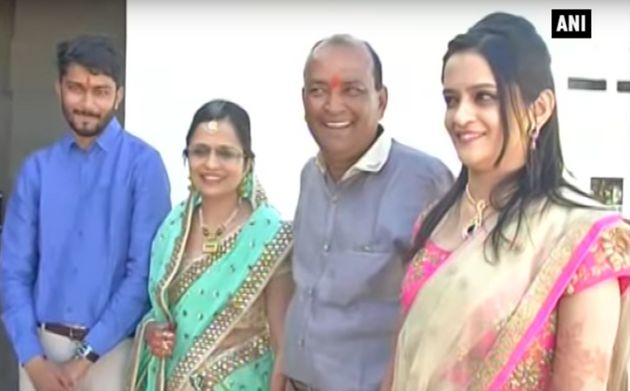 Ajay Munot with his family and daughter Shreya