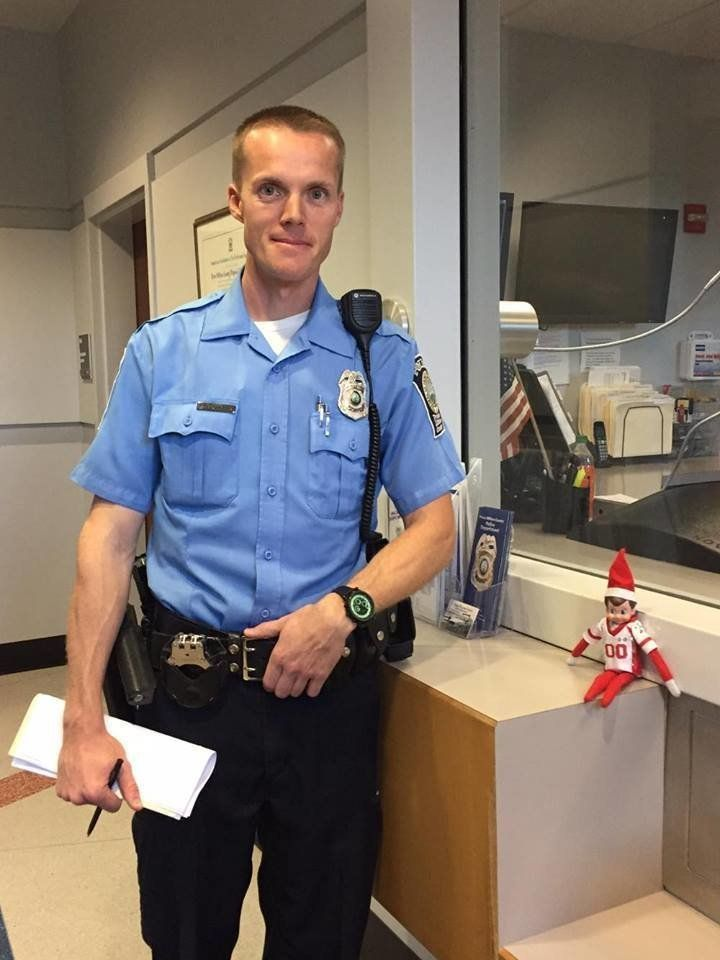 Officers told Villahermosa she couldn't take her newly located purse from the evidence locker until Dec. 9, so she snapped a quick photo of an officer and a borrowed elf to hold her son over.
