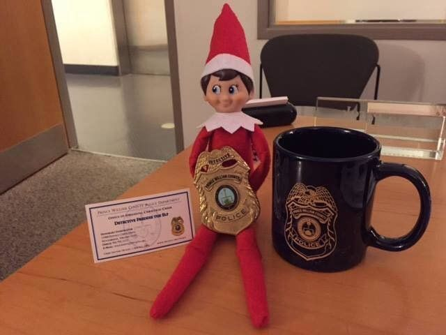 After someone stole her purse, Lorraine Villahermosa panicked when she realized her son's Elf on the Shelf was inside. Luckily, some friends at the police station helped her out.