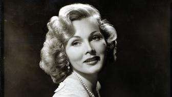 NEW YORK - AUGUST 10: Formal portrait of Zsa Zsa Gabor.  Image dated August 10, 1952.  (Photo by CBS via Getty Images)
