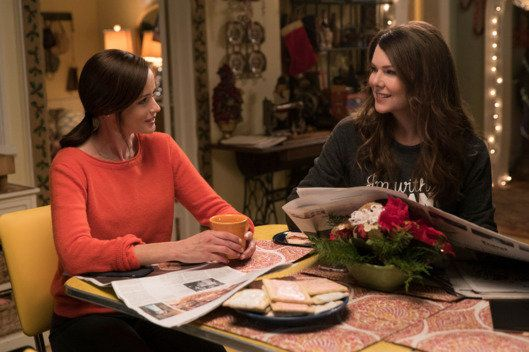 "2016 blessed us with the return of ""Gilmore Girls,"" and man, did it make Thanksgiving weekend that much better. <br><br>Netfl"