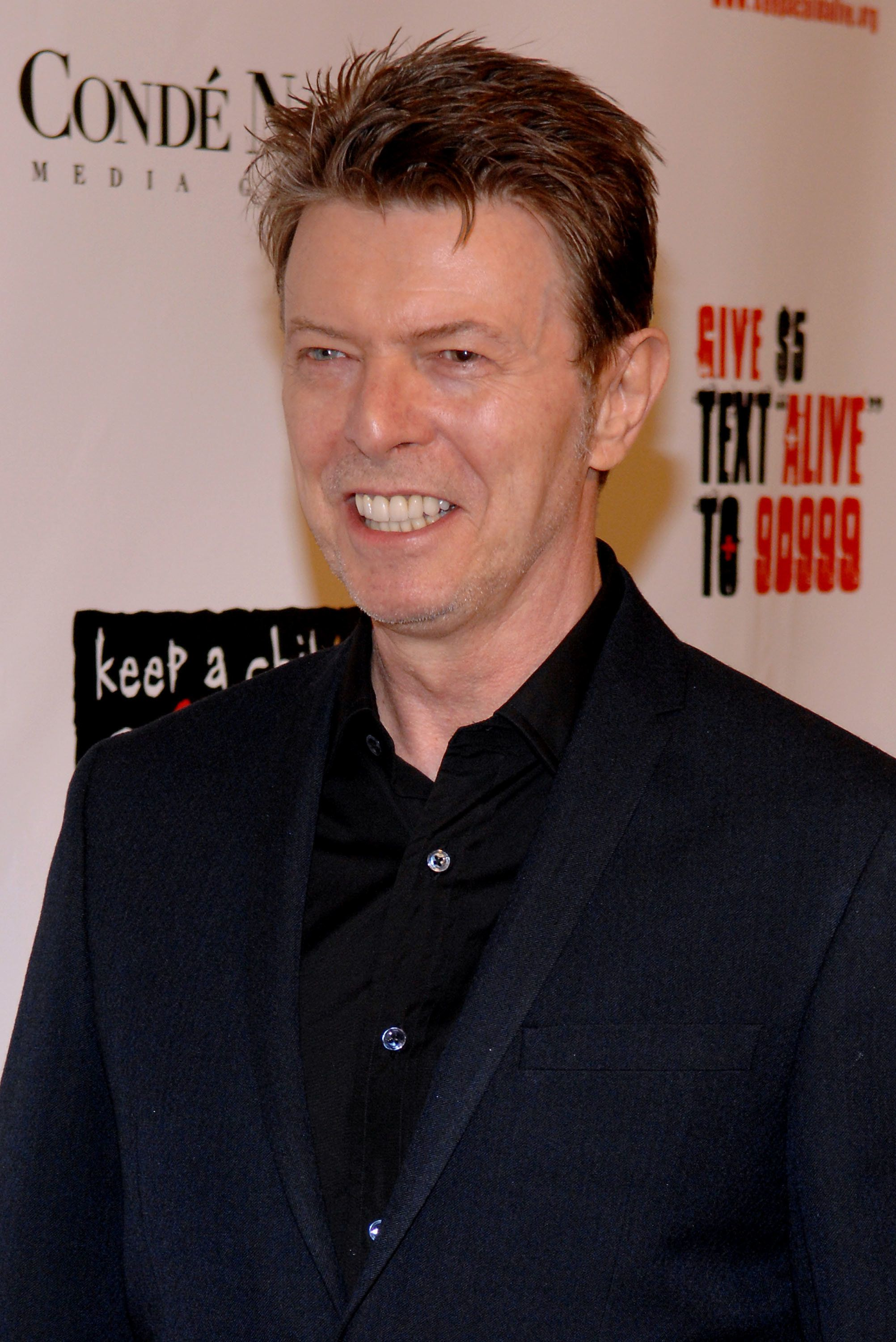 NEW YORK - NOVEMBER 13:  David Bowie attends the Keep a Child Alive organization's 5th annual Black Ball at The Hammerstein Ballroom on November 13, 2008 in New York City.  (Photo by Rob Loud/Getty Images)