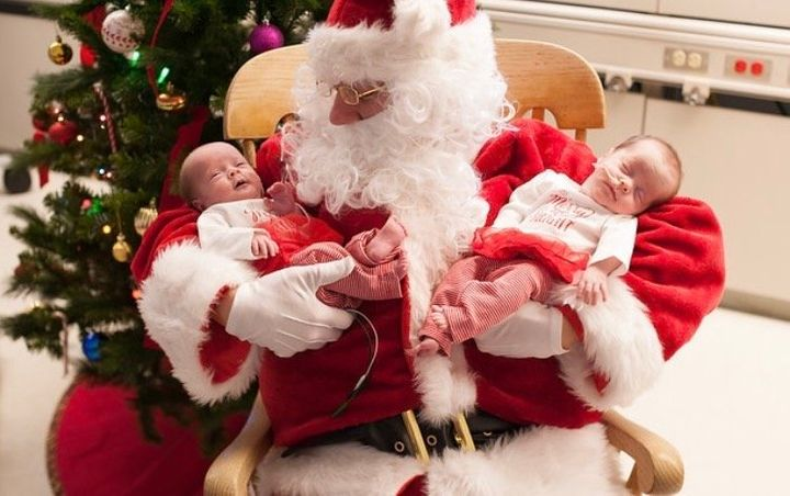 """Rachel Speer said Santa was """"incredibly sweet and gentle"""" with her twin girls."""