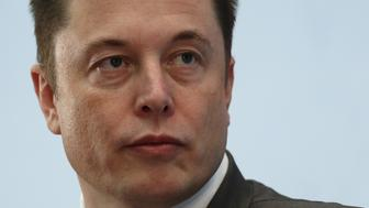 Tesla Chief Executive Elon Musk attends a forum on startups in Hong Kong, China January 26, 2016.      REUTERS/Bobby Yip/File Photo