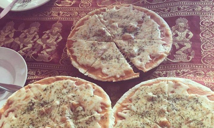 <p>Happy Pizza</p>