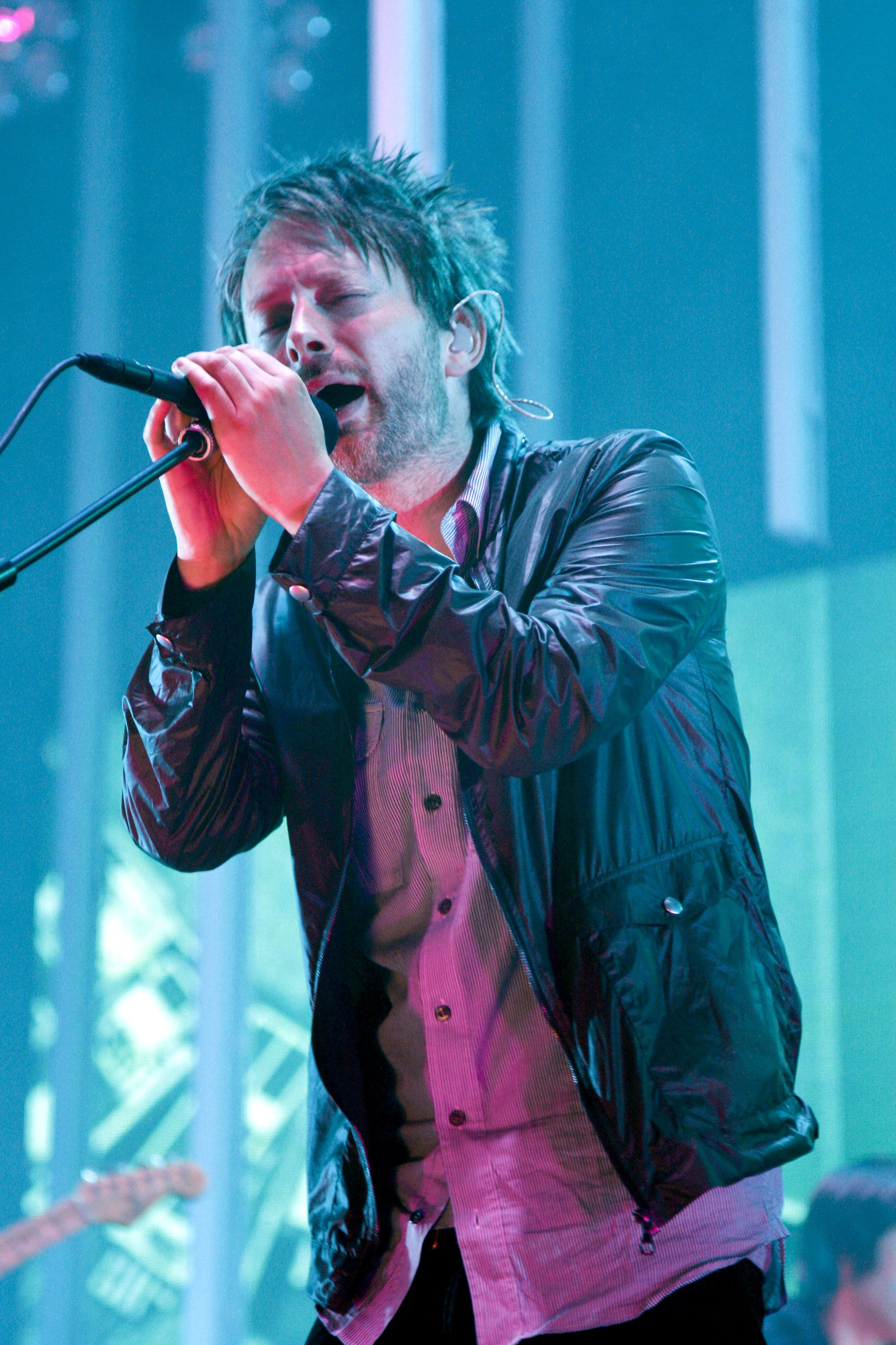 TORONTO, ON - AUGUST 15:  Musician Thom Yorke of Radiohead Performs at the Molson Amphitheatre on August 15, 2008 in Toronto, Canada.  (Photo by George Pimentel/WireImage)