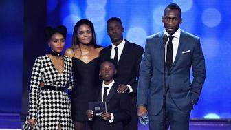 SANTA MONICA, CA - DECEMBER 11:  (L-R) Actors Janelle Monae, Naomie Harris, Alex R. Hibbert, Ashton Sanders, and Mahershala Ali accept the award for Best Acting Ensemble for 'Moonlight' onstage during the 22nd Annual Critics' Choice Awards at Barker Hangar on December 11, 2016 in Santa Monica, California.  (Photo by Ethan Miller/Getty Images)