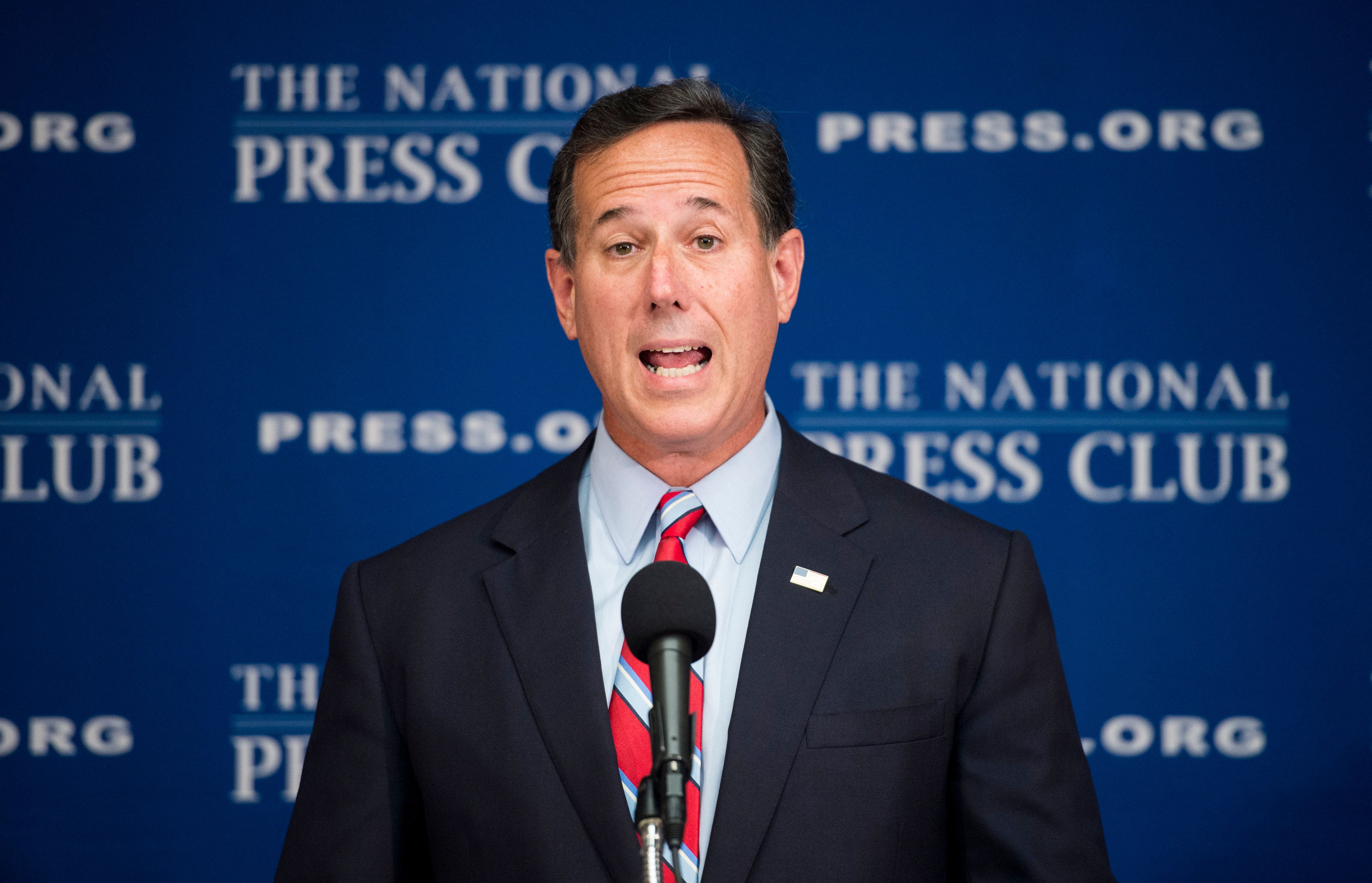 UNITED STATES - AUGUST 20: GOP Presidential candidate and former Sen. Rick Santorum, R-Pa., delivers a speech on his immigration policy at the National Press Club in Washington on Thursday, Aug. 20, 2015. (Photo By Bill Clark/CQ Roll Call)