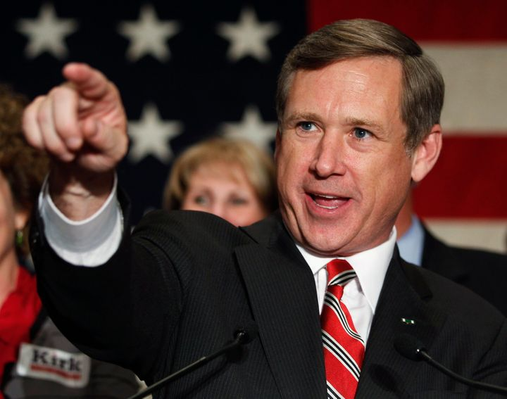 There's some shady stuff going on with Mark Kirk's Senate campaign.
