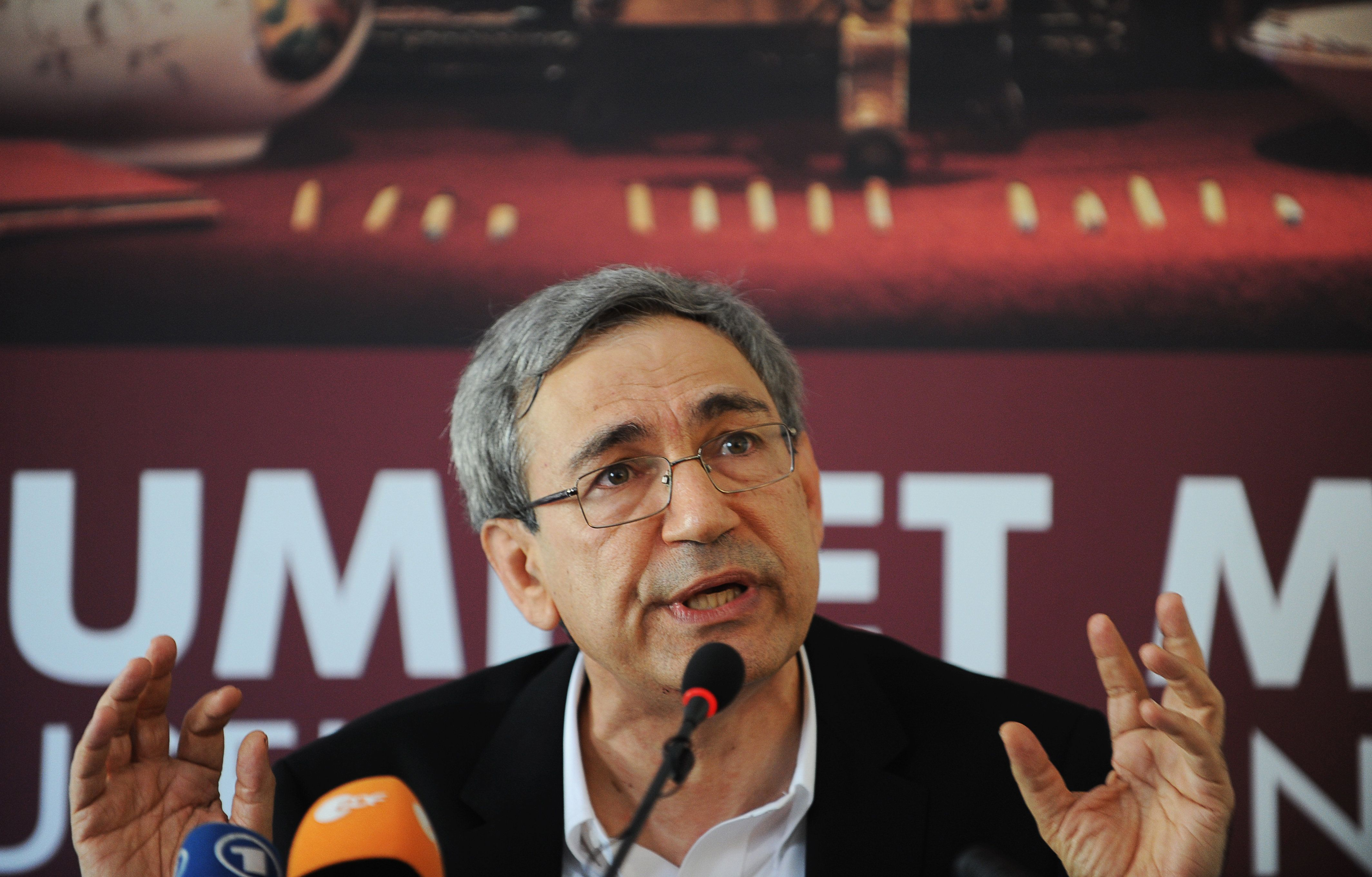 Orhan Pamuk, Turkish novelist and winner of the 2006 Nobel Prize in Literature, speaks during a press conference before the opening of the Museum of Innocence in Istanbul on April 27, 2012. 'The Museum of Innocence', is a novel by Orhan Pamuk published in 2008.  AFP PHOTO / BULENT KILIC        (Photo credit should read BULENT KILIC/AFP/GettyImages)