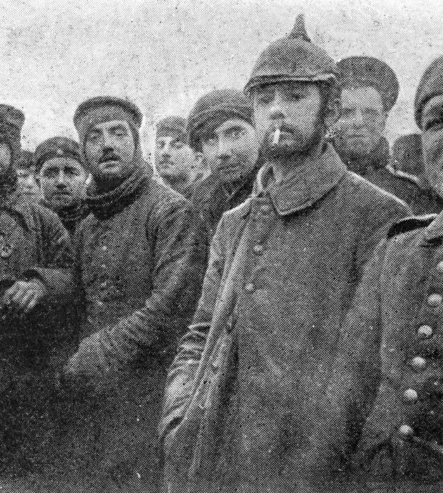 British and German troops celebrate