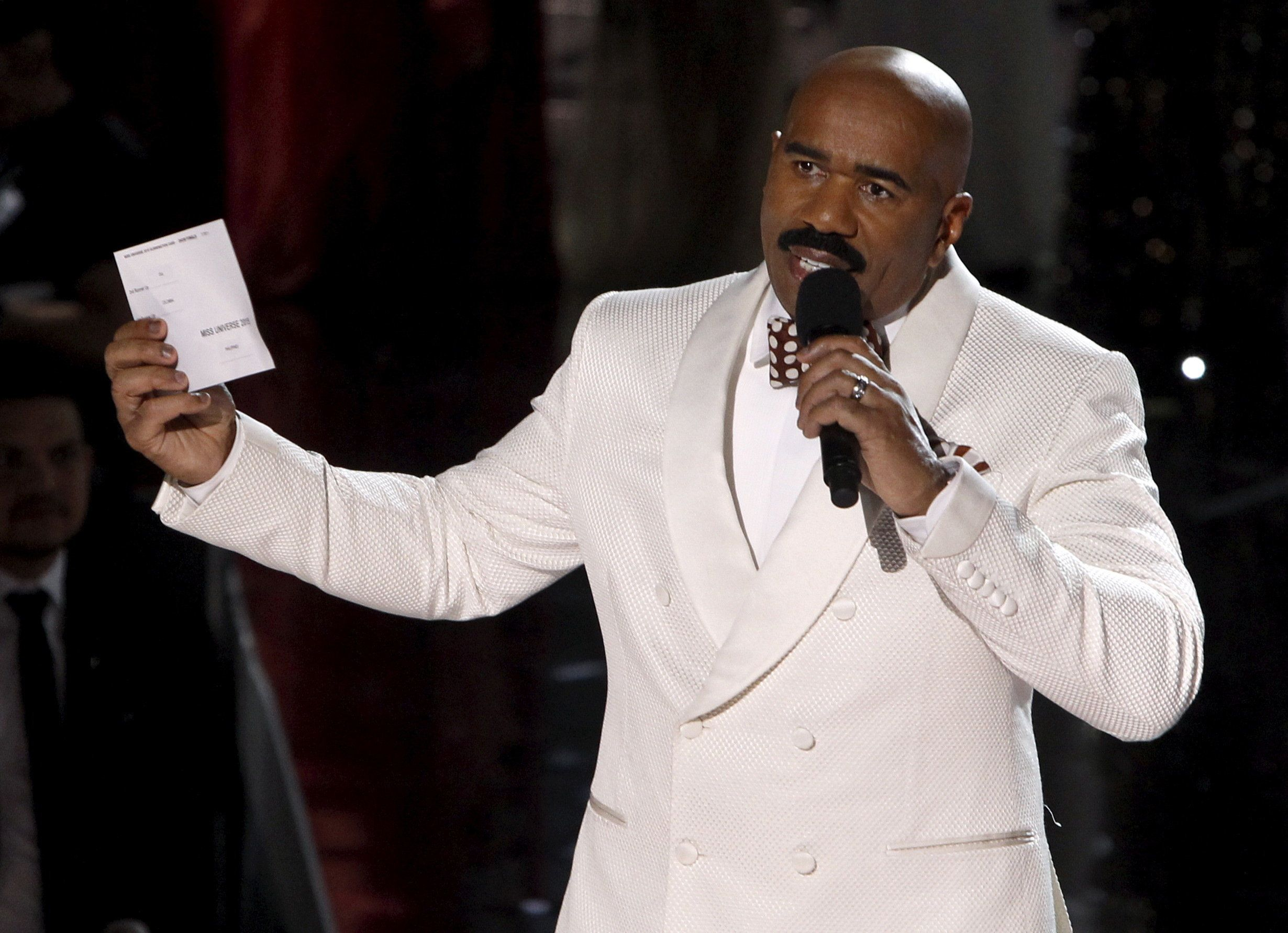 Host Steve Harvey speaks to the audience after Miss Colombia Ariadna Gutierrez was crowned Miss Universe during the 2015 Miss Universe Pageant in Las Vegas, Nevada, December 20, 2015. Harvey said he made a mistake when reading the card. Miss Philippines Pia Alonzo Wurtzbach is the actual winner. REUTERS/Steve Marcus ATTENTION EDITORS - FOR EDITORIAL USE ONLY. NOT FOR SALE FOR MARKETING OR ADVERTISING CAMPAIGNS  TPX IMAGES OF THE DAY