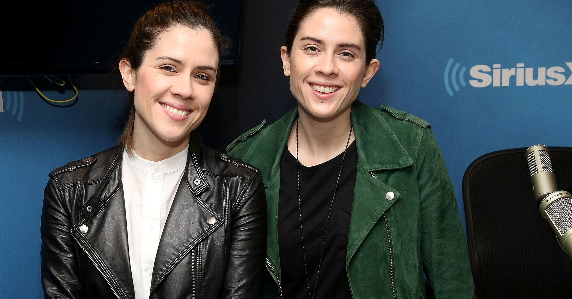 The Bold Way Tegan And Sara Are Supporting Lgtbq Women And Girls