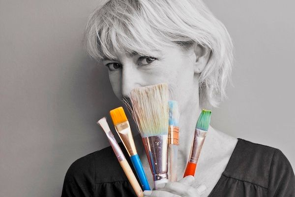 <strong><em>Have brush will travel - Leisa Collins on her worldwide artistic journey</em></strong>