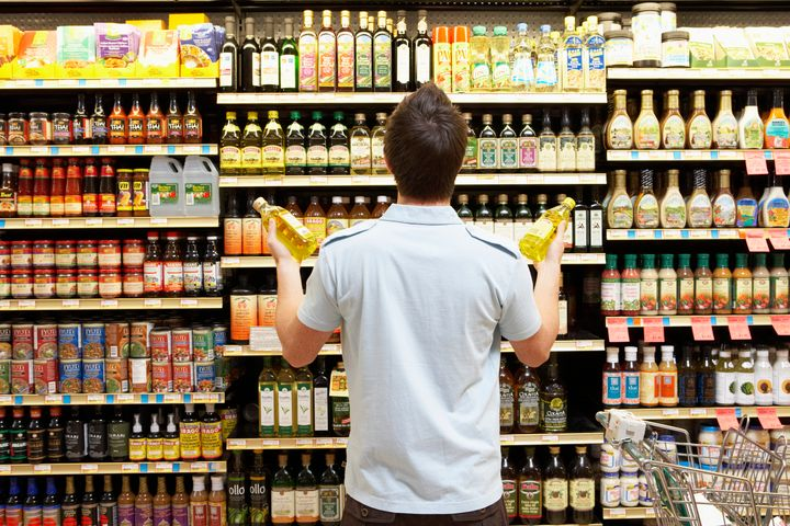 In the U.S., 41 states and the District of Columbia require date labels on at least some food items. Nine states don't