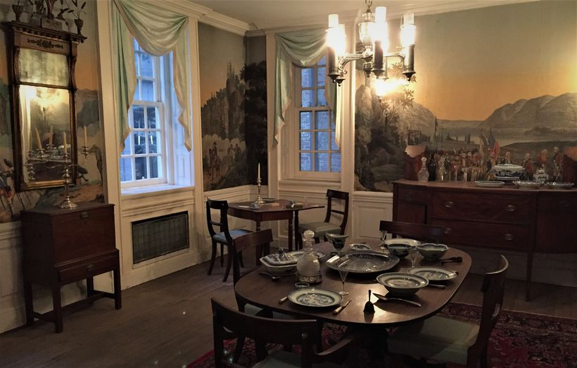 The Fraunces Tavern Museum simulates what a private dining room would have looked like when George Washington was there.