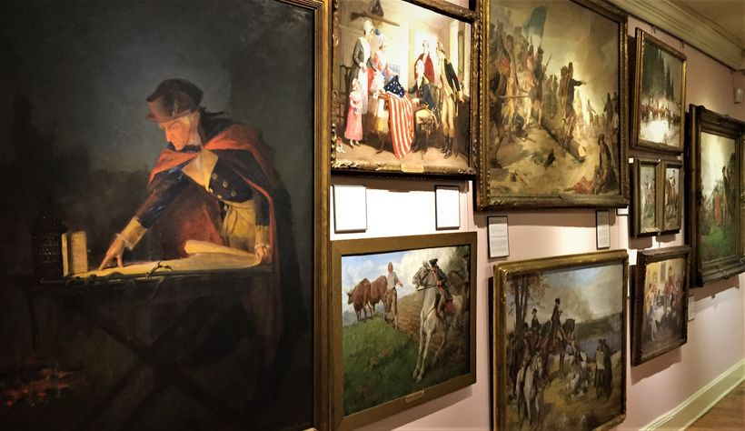 The museum has 47 famous illustrations by John Ward Dunsmore depicting the entire Revolutionary War.