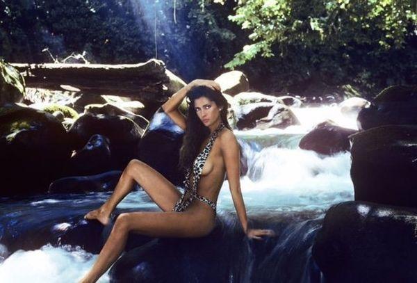 "Caroline Cossey <a href=""http://www.huffingtonpost.com/entry/trans-supermodel-1980s-caroline-cossey_us_575b03dce4b0e39a28ad82"