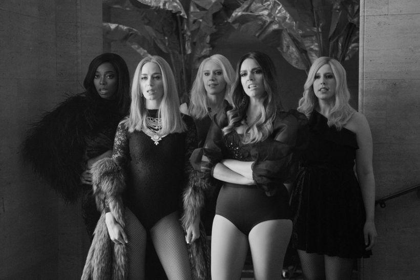 Sasheer Zamata, Emily Blunt, Kate McKinnon, Cecily Strong, and Vanessa Bayer on <em>Saturday Night Live</em>.