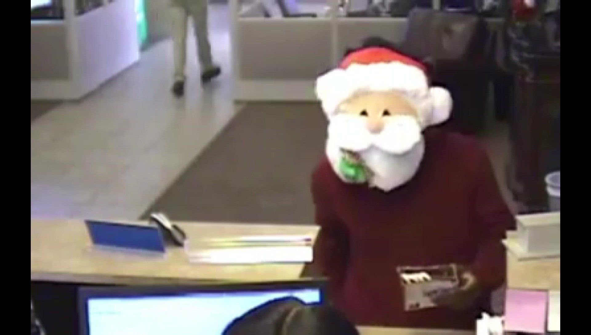Man Who Robbed Bank In Santa Mask Handed Out Candy Canes