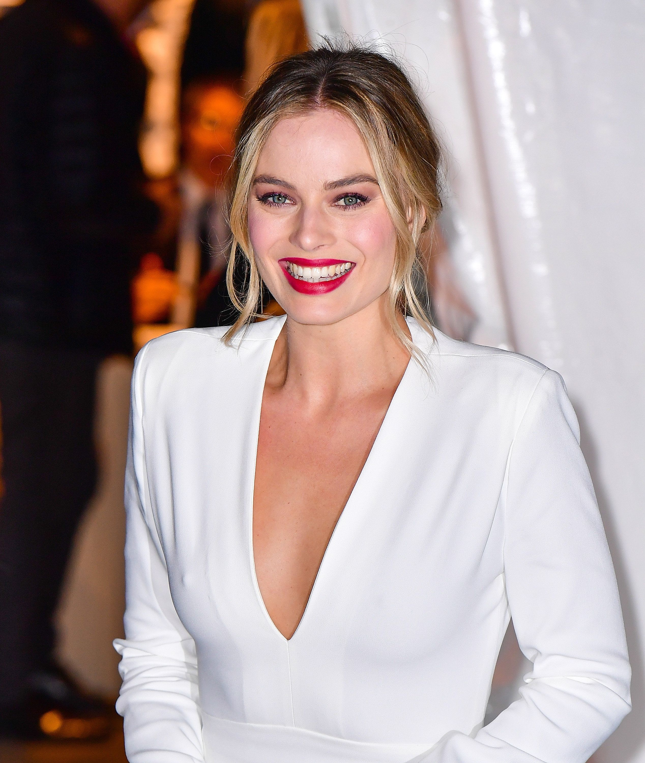 The Story Behind Margot Robbie's Wedding Dress Made Her Special Day Even More