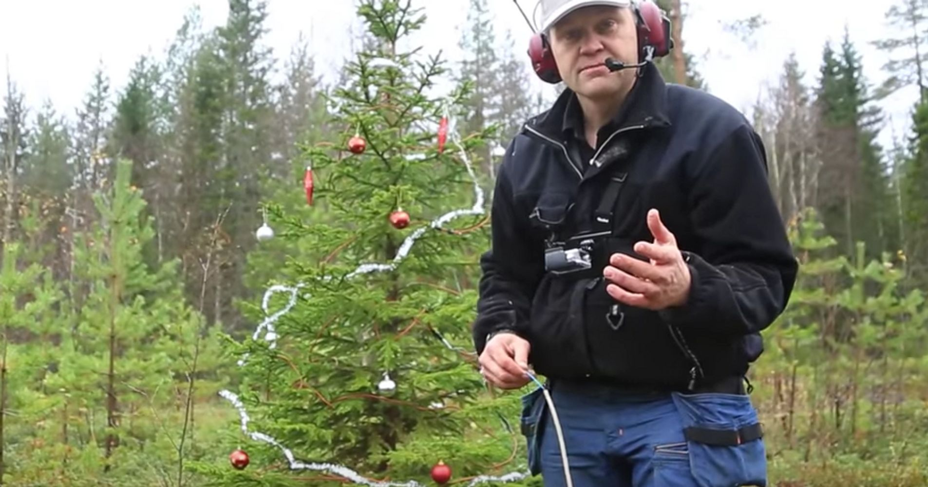 Watch This Guy Dynamite A Christmas Tree Just In Time For