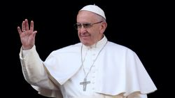 Pope Francis Uses Christmas Message To Offer Hope To Those 'Scarred By