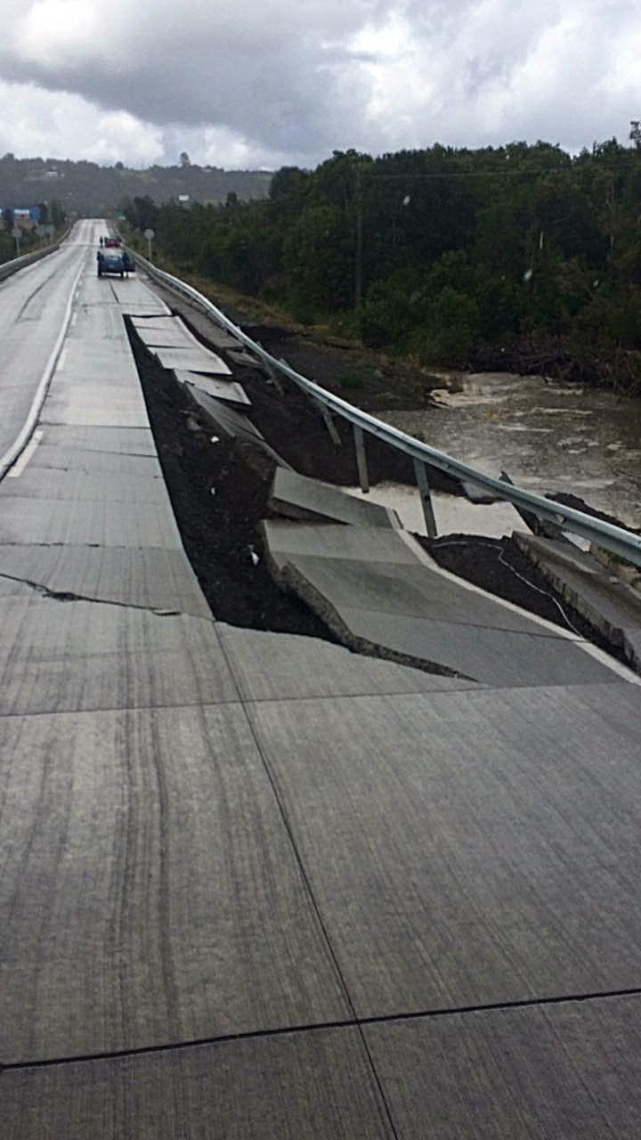 Earthquake Of Magnitude 7.6 Rocks Southern