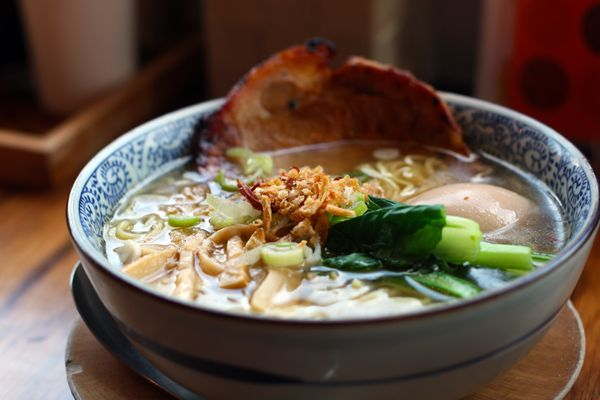 """We mean REAL ramen. Not <a href=""""http://www.huffingtonpost.com/2014/09/10/ramen-facts_n_5784632.html"""">cheap noodles served in"""